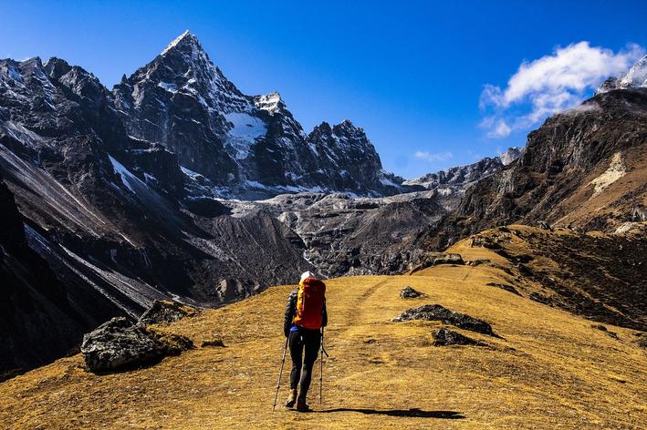 ecoturismo em meio as montanhas