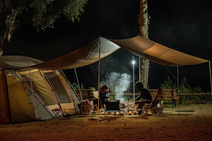 O que levar para acampar: confira a lista